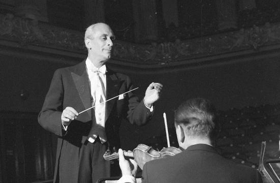 Karel Ančerl diriguje Českou filharmonii