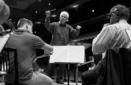 Chief Conductor Jiří Bělohlávek during one of the many rehearsals.
