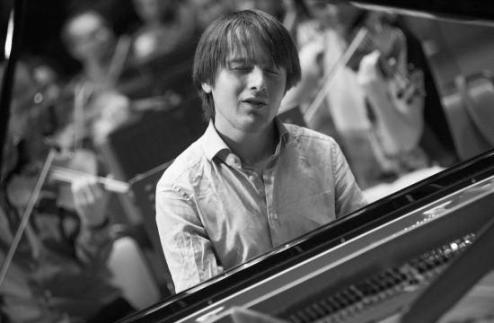 The second Suntory Hall concert and the concerts in Nagoya and Hamamatsu featured Daniil Trifonov, a young, likeable and hugely talented Russian pianist.