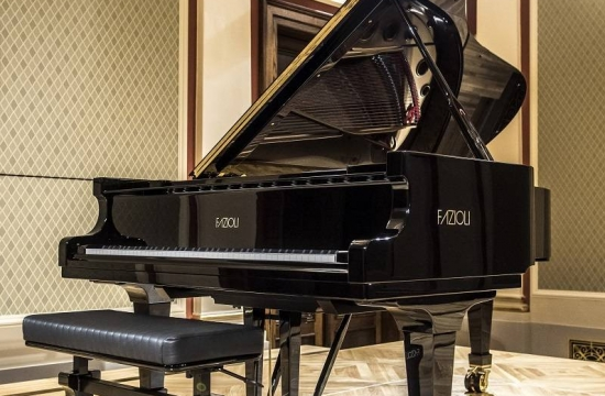 Koncertní křídlo Fazioli, model 228 cm, v plné kráse