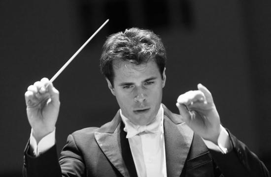 Jakub Hrůša, hlavní hostující dirigent České filharmonie